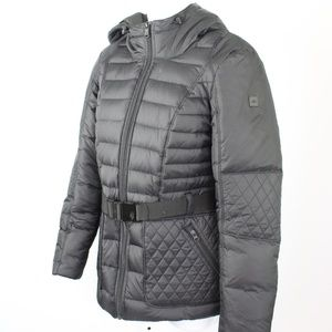 The North Face 550 puffer down jacket black hooded